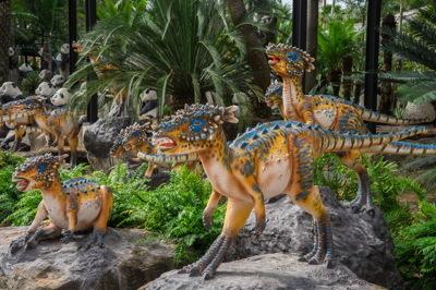 หุบเขาไดโนเสาร์ – Dinosaur Valley