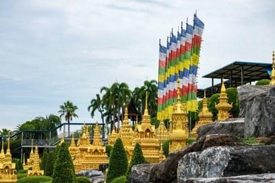 PRAYER FLAGS OF BHUTAN