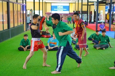 Thai Boxing learning